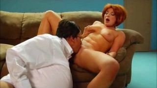 Lois and Peter Griffin Cosplayers from Family Guy Fuck On Couch