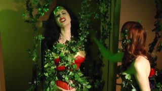 Wonder Woman Cosplayer Has Her Powers Drained By Poison Ivy and Is Fucked With a Strap On