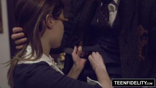 Schoolgirl Cosplayer Alaina Dawson Creampied By Teacher