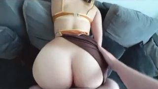 Slave Leia cosplayer getting rough fuck