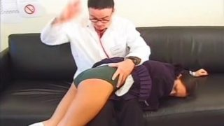 Schoolgirl cosplayer gets spanked hard by the doctor