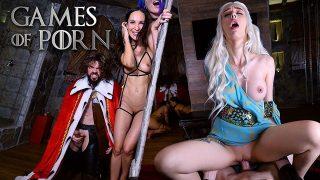 Daenerys Targaryen cosplayer has POV foursome