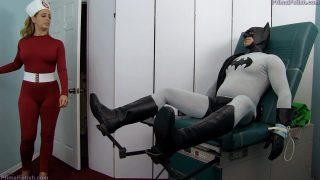 Nurse cosplayer takes on Batman's massive dick