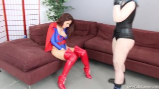 Superheroine cosplayer gets beaten and fingered by villainess