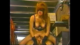 Retro Batwoman cosplayer stops fighting crime to get fucked