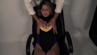 Superheroine cosplayer is captured by super fan and fucked